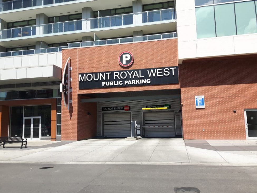 Mount Royal West Entrance By Cheap Parking Calgary